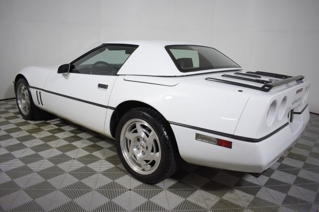 Pre Owned 1990 Chevrolet Corvette Base